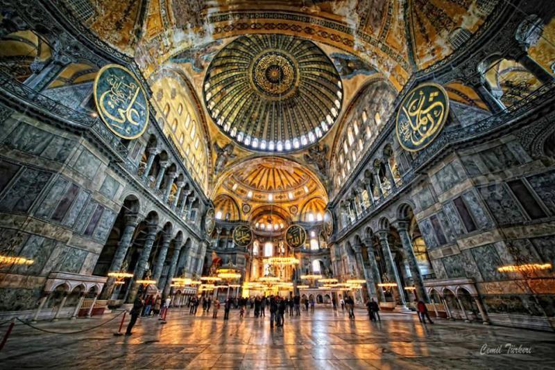 Istanbul-St-Sophia-Church-Defced98